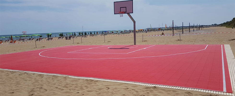 Gripper in Lignano Sabbiadoro for  3vs3 basketball courts