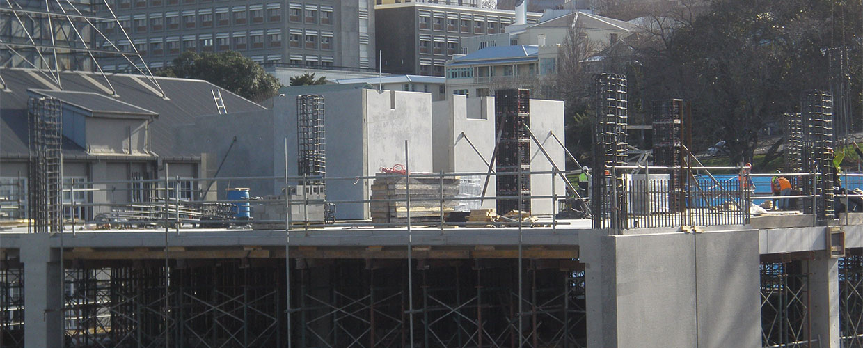 Westfield Manukau City contruction of walls and slabs
