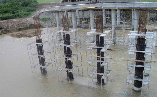 Creation of concrete columns in water - Geotub