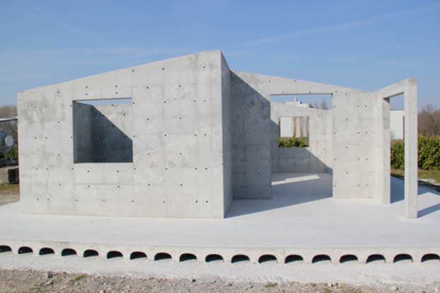 Concrete house made with Geohouse method