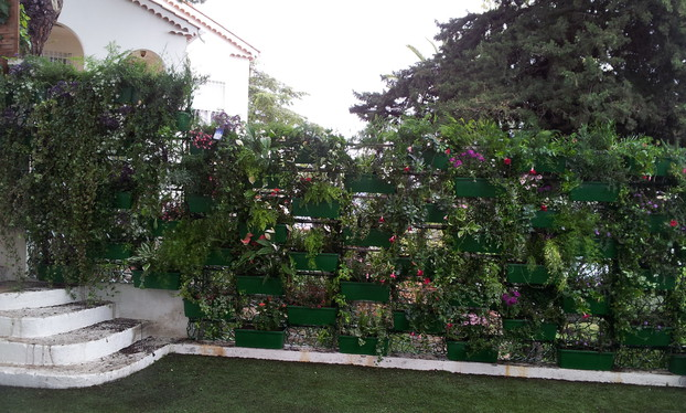 Wall-Y vertical garden_24