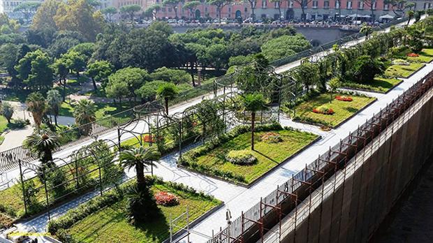 Geoplast urban roof garden